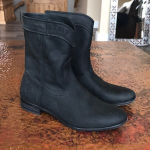 {Frye} Black Boots. Size 8, but run small. EUC.